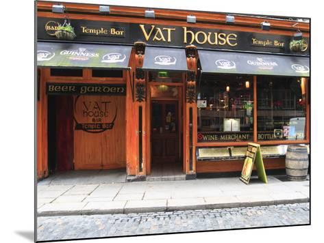 Vat House Pub Temple Bar Area-Eoin Clarke-Mounted Photographic Print
