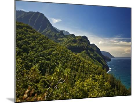 Na Pali Coast, as Seen from the Kalalau Trail-Merten Snijders-Mounted Photographic Print