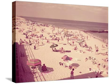 People Relaxing on Beach, New Jersey-H^ Armstrong Roberts-Stretched Canvas Print