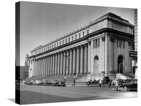 New York City, Farley Post Office Building-George Marks-Stretched Canvas Print