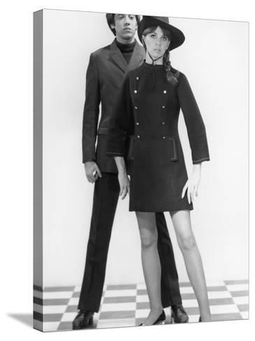 Mod Couple-George Marks-Stretched Canvas Print