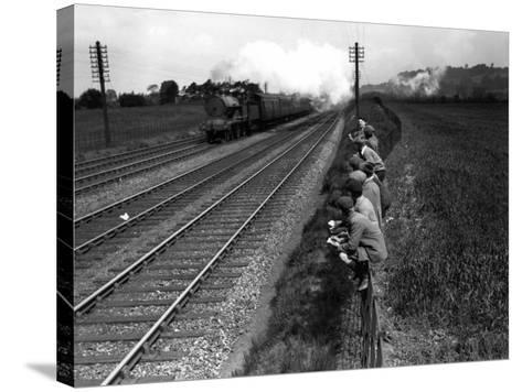 Trainspotting--Stretched Canvas Print