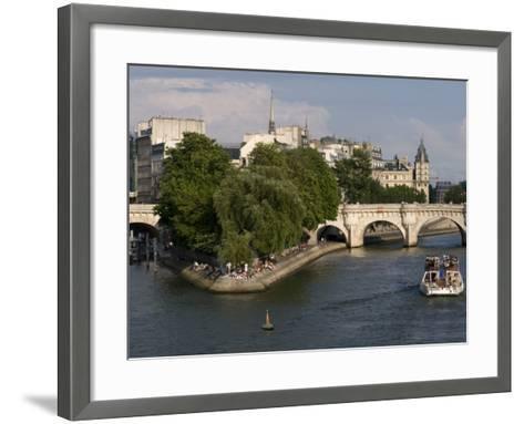 Ile De La Cite, Paris, France-Sergio Pitamitz-Framed Art Print