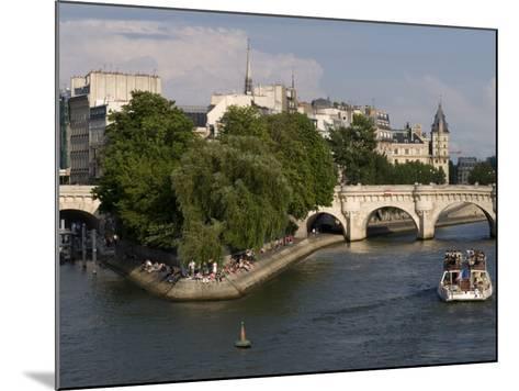 Ile De La Cite, Paris, France-Sergio Pitamitz-Mounted Photographic Print
