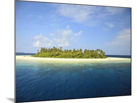Baughagello Island, South Huvadhoo Atoll, Southern Maldives, Indian Ocean-Stuart Westmorland-Mounted Photographic Print