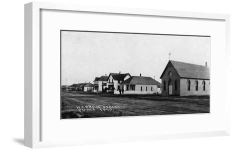 Yuma, Colorado - Warren Street Scene-Lantern Press-Framed Art Print