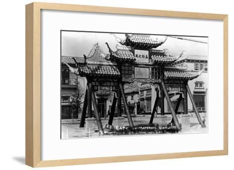 Los Angeles, California - Chinatown; Gate of Maternal Virtue on Broadway-Lantern Press-Framed Art Print