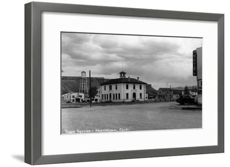 Kremmling, Colorado - Town Square-Lantern Press-Framed Art Print