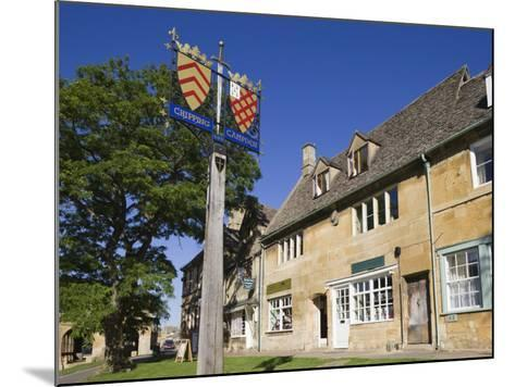 England, Gloustershire, Cotswolds, Chipping Campden, Heraldic Town Sign-Steve Vidler-Mounted Photographic Print