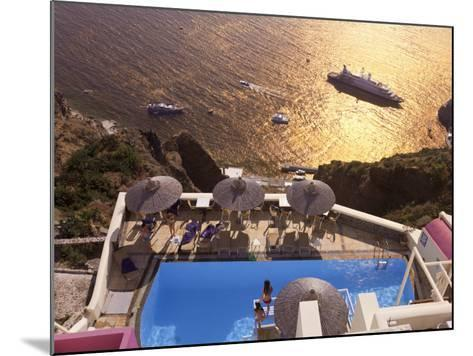 Fira, Santorini (Thira), Cyclades Islands, Greece-Gavin Hellier-Mounted Photographic Print