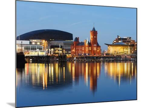 Uk, Wales, Cardiff, Cardiff Bay, Millennium Centre, Pier Head, Welsh Assembly Building-Christian Kober-Mounted Photographic Print