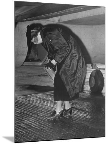 Eleanor Roosevelt Examining Rear Turret-Gunner's Compartment under the Tail Assembly of US Bomber--Mounted Photographic Print