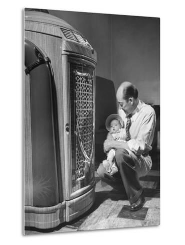 Bartender at the Sawteeth Club, Jack Wills with His Daughter Jane Listening to the Jukebox--Metal Print