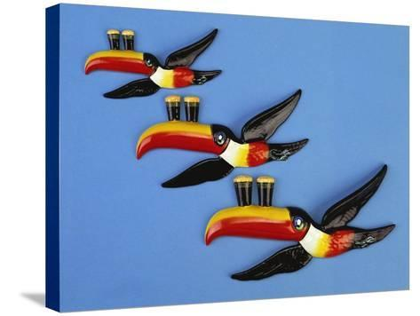 A Set of Three Carltonware Graduated Guinness Advertising Toucan Wall Hangings--Stretched Canvas Print