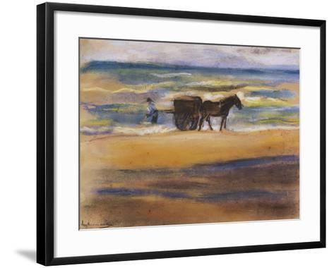 Muschelsucher Am Strand-Max Liebermann-Framed Art Print