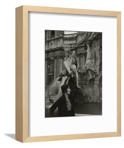 Vogue - June 1933-George Hoyningen-Huen?-Framed Art Print