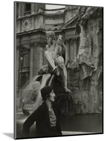 Vogue - June 1933-George Hoyningen-Huen?-Mounted Premium Photographic Print