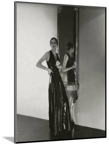 Vogue - October 1932-George Hoyningen-Huen?-Mounted Premium Photographic Print