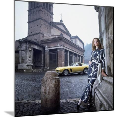 Vogue - April 1969 - Veruschka in Rome-Franco Rubartelli-Mounted Premium Photographic Print