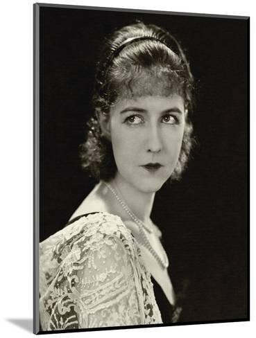 Vanity Fair - November 1928-George Hoyningen-Huen?-Mounted Premium Photographic Print