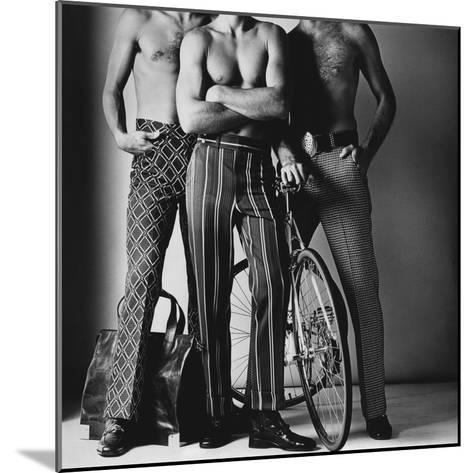 GQ - November 1971-Ken Haak-Mounted Premium Photographic Print