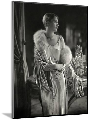 Vogue - September 1928 - Lee Miller Wears Jay Thorpe-Edward Steichen-Mounted Premium Photographic Print