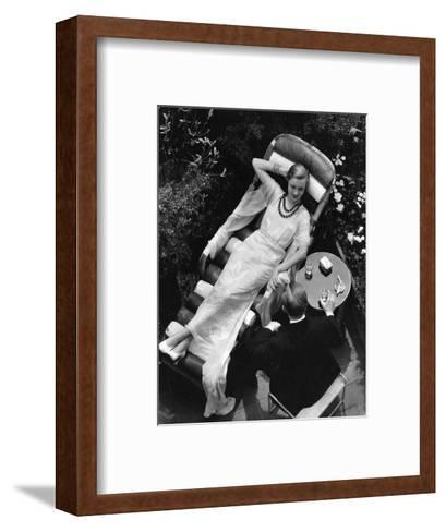 Vogue - August 1932 - The Visitor-The 3-Framed Art Print