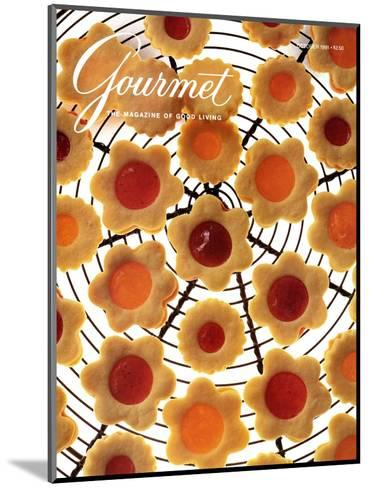 Gourmet Cover - October 1991-Romulo Yanes-Mounted Premium Giclee Print