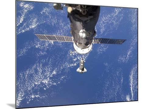 Space Shuttle Discovery Approaches the International Space Station-Stocktrek Images-Mounted Photographic Print