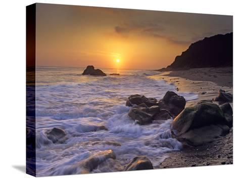 Sunset over Leo Carillo State Beach, Malibu, California-Tim Fitzharris/Minden Pictures-Stretched Canvas Print