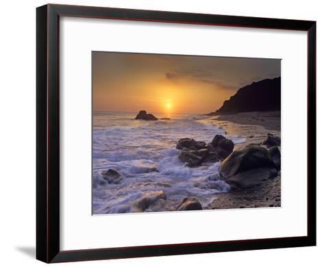 Sunset over Leo Carillo State Beach, Malibu, California-Tim Fitzharris/Minden Pictures-Framed Art Print