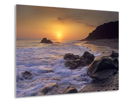 Sunset over Leo Carillo State Beach, Malibu, California-Tim Fitzharris/Minden Pictures-Metal Print