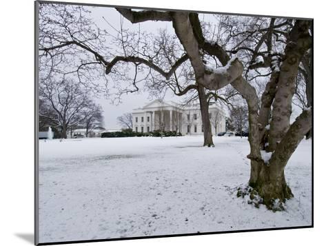 Snow on the White House Lawn-Brian Gordon Green-Mounted Photographic Print