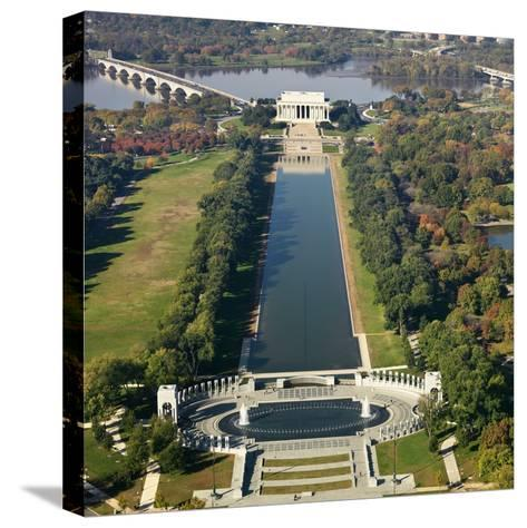 Lincoln Memorial-Ron Chapple-Stretched Canvas Print