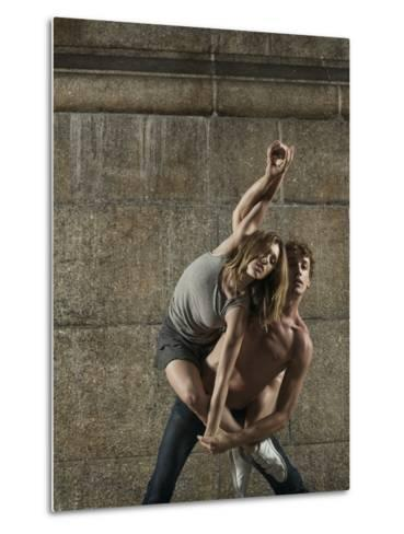 Man and Woman Dancing Together-Patrik Giardino-Metal Print