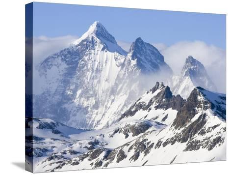 Snowy Mountains of Allardyce Range-John Eastcott & Yva Momatiuk-Stretched Canvas Print