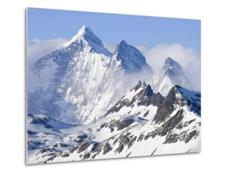 Snowy Mountains of Allardyce Range-John Eastcott & Yva Momatiuk-Metal Print