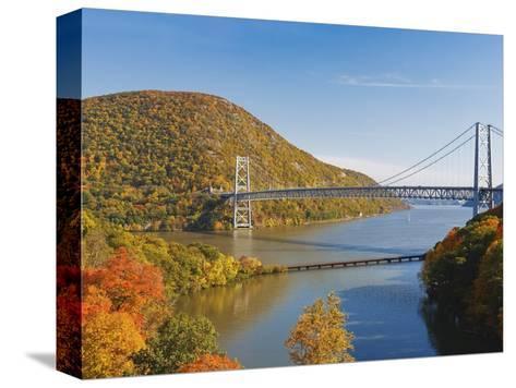 Bear Mountain Bridge spanning the Hudson River-Rudy Sulgan-Stretched Canvas Print