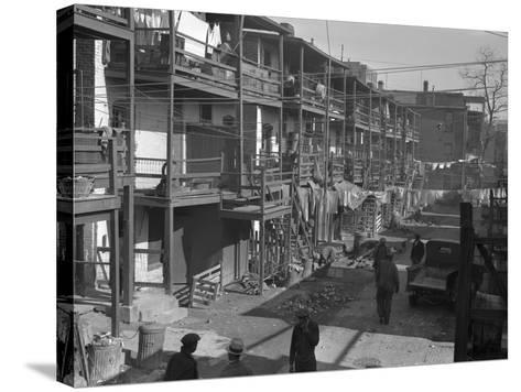 Washington Slum, 1935-Carl Mydans-Stretched Canvas Print