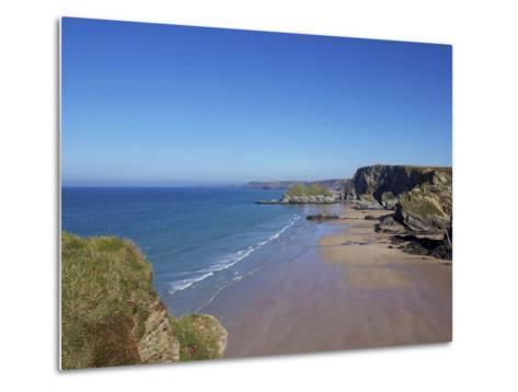 Watergate Bay, Newquay, Cornwall, England, United Kingdom, Europe-Jeremy Lightfoot-Metal Print