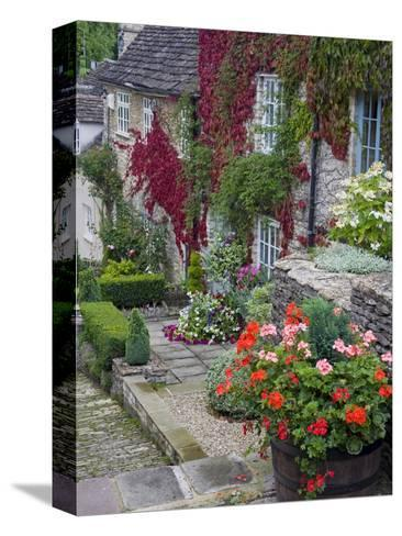 Cottage on Chipping Steps, Tetbury Town, Gloucestershire, Cotswolds, England, United Kingdom-Richard Cummins-Stretched Canvas Print
