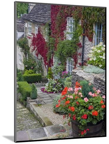 Cottage on Chipping Steps, Tetbury Town, Gloucestershire, Cotswolds, England, United Kingdom-Richard Cummins-Mounted Photographic Print