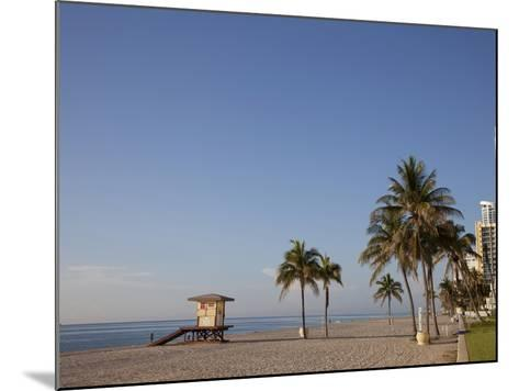 Hollywood Beach, Florida, USA-Angelo Cavalli-Mounted Photographic Print