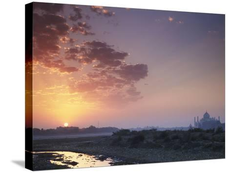 Taj Mahal at Dawn, UNESCO World Heritage Site, Agra, Uttar Pradesh, India, Asia-Ian Trower-Stretched Canvas Print
