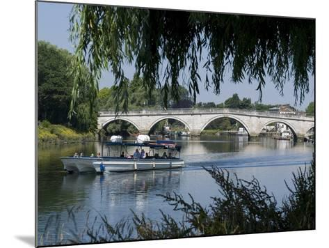 The Bridge Over the Thames at Richmond, Surrey, England, Uk--Mounted Photographic Print