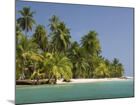 Diadup Island, San Blas Islands (Kuna Yala Islands), Panama, Central America--Mounted Photographic Print