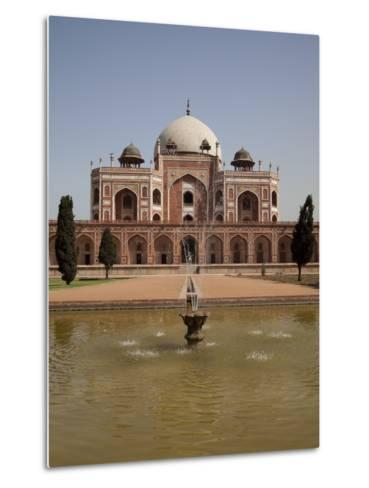 Fountain, Humayun's Tomb, Delhi, India, Asia--Metal Print