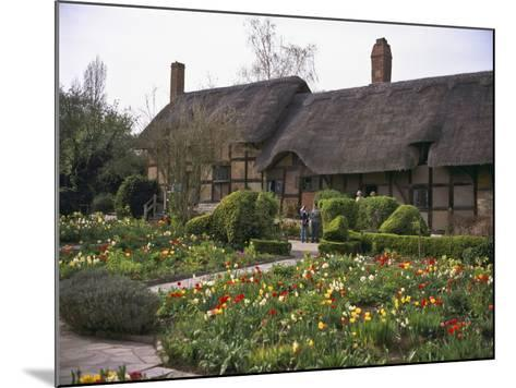Anne Hathaway's Cottage, Birthplace and Childhood Home of Shakespeare's Future Wife, England--Mounted Photographic Print