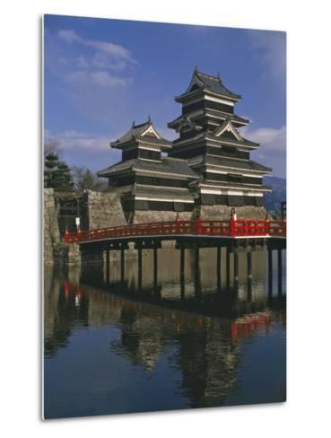 Matsumoto Castle and Moat, Nagano Ken, Japan, Asia--Metal Print