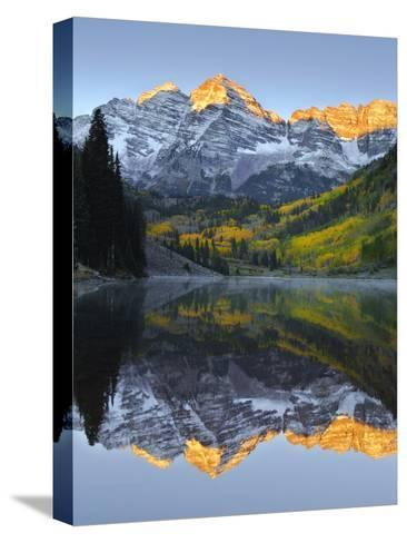 The Maroon Bells in Autumn-Robbie George-Stretched Canvas Print